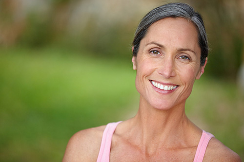 A woman wonders if menopause can be delayed
