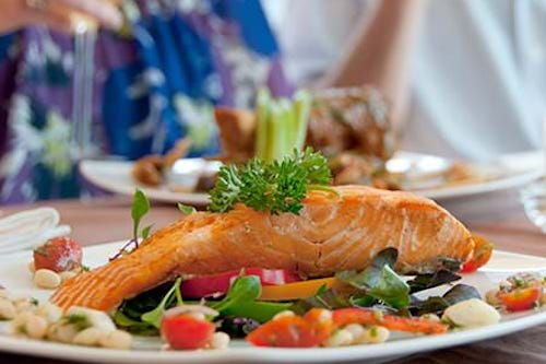 Foods to eat for healthy menopause hormone production