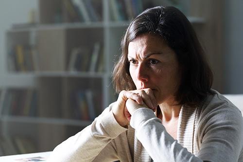 A women experiencing iIrritability in menopause